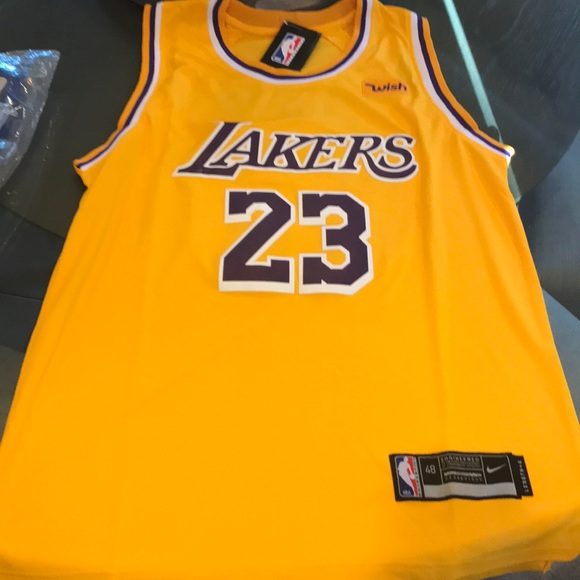 best sneakers c5e29 1a0d3 LA Lakers Lebron Jersey NWT